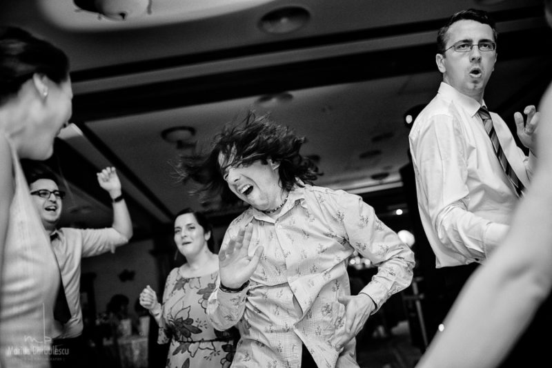 party people - wedding party - Ioana & Sorin - Marius Barbulescu Photography